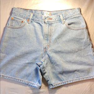 DIY Levi's 550 Vintage High Rise Jean Shorts